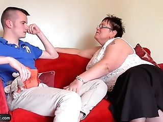 Agedlove Granny Chubby Honey And  Bourne Romp