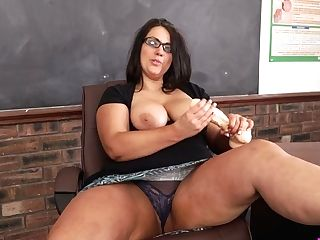 Lovemaking-starved Bbw Tutor Anna Lynn Is Playing With Absorption...