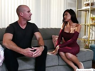 Mouth Watering Chick Heather Vahn Gets Her Coochie Fucked By Bald...