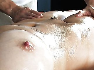 Hot As Fire Mommy With Big Tits Likes Supreme Rubdown