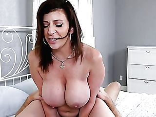 Fantastic Milky Cougar With Big Breasts Hungers To Suck Dick Ofa...