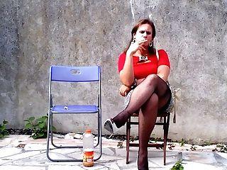 Ciggy Hooker Waiting Time